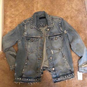 BLANKNYC embellished denim jacket!